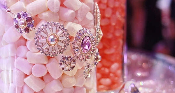 2221 奢華時尚SWAROVSKI 2012水晶派對