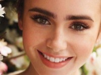 570_Lily-Collins-to-sport-bushier-eyebrows-8532 - 複製