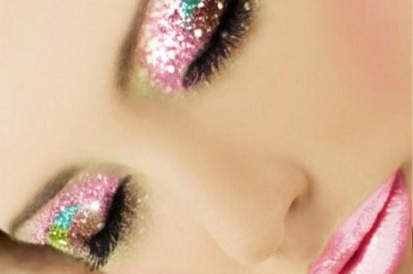 100908847870442146 ZDO9Mrwz c 誰能抵擋你的美麗:點亮眼睛的金屬魔法